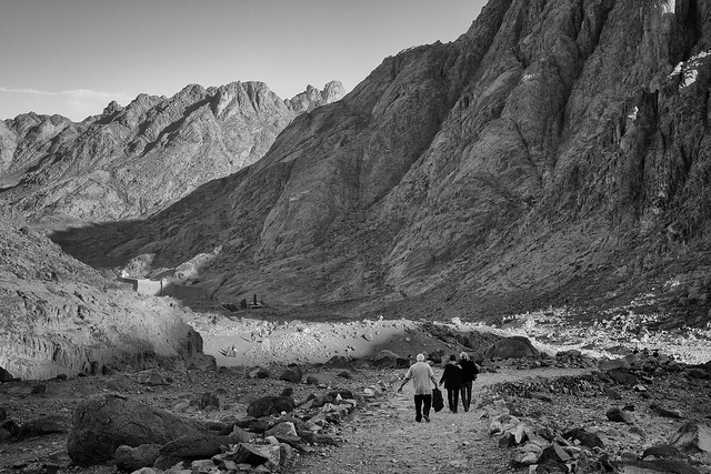 The road to Saint Catherine
