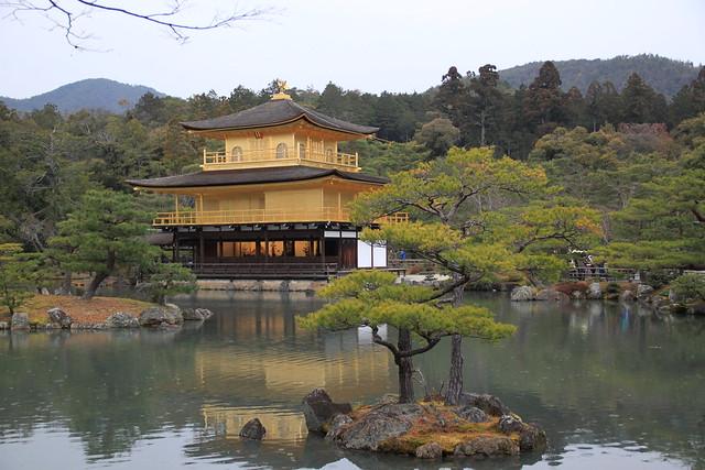金閣寺 - 本殿