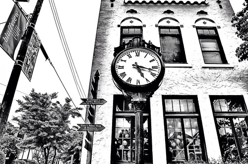 bw monochrome flickr tennessee chalet edit chattanoogatn bluffviewartdistrict bluffviewclock