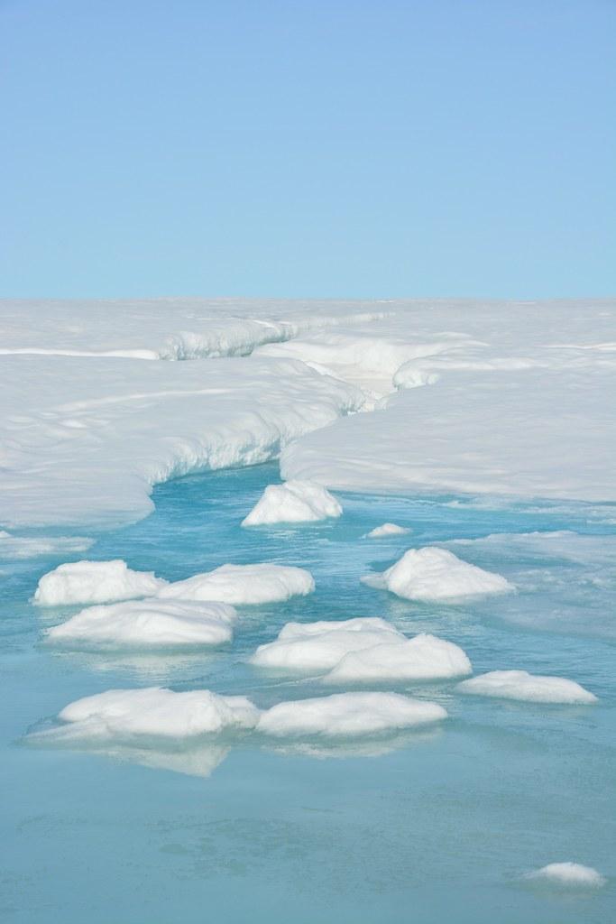 Kuva Kanadan kaukainen Nunavut on jäätä ja vettä