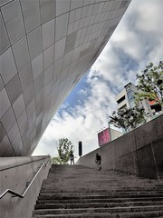 dongdaemun design plaza staircase to heaven