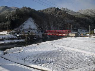下呂温泉から飛騨高山へ向かう・・・車窓から2