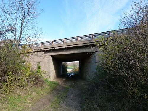 A4 Feldwegunterführung östl. Göttern Nov. 2014_012