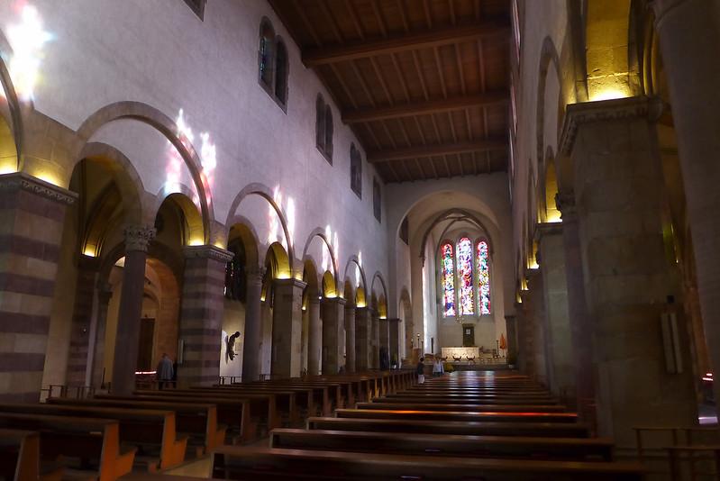 Echternach (Luxembourg) - 18 - Basilique Saint Willibrord