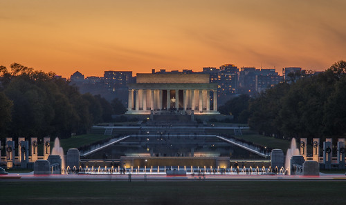 The Lincoln Memorial after Sunset by Geoff Livingston