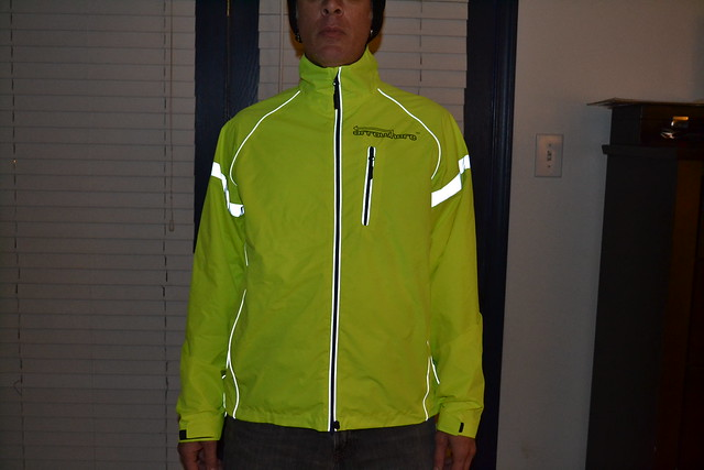 Review Arrowhere Reflective Cycling Jacket Bikecommuters Com