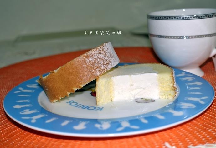 23 法國的秘密甜點諾曼地牛奶蛋糕北海道生淇淋捲森林莓果佐起士