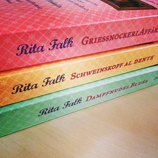 #gelesen im November: Teil 2, 3 und 4 von Herrn #kommissar #eberhofer #ritafalk #niederkaltenkirchen