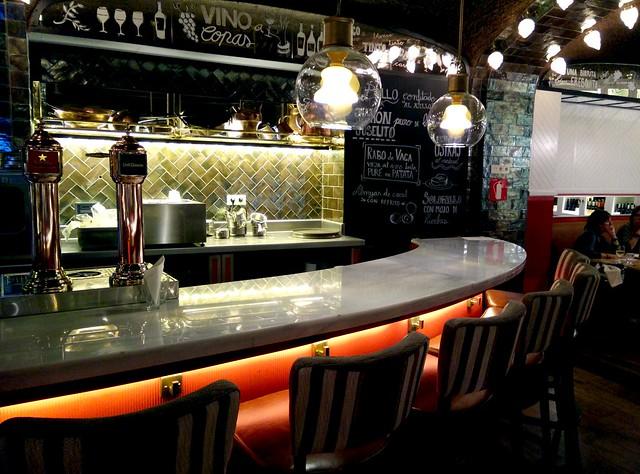 Bar Bas