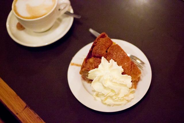 Cafe Winkel Amsterdam best apple pie