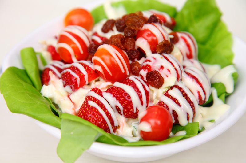 strawberry moment dessert cafe salad