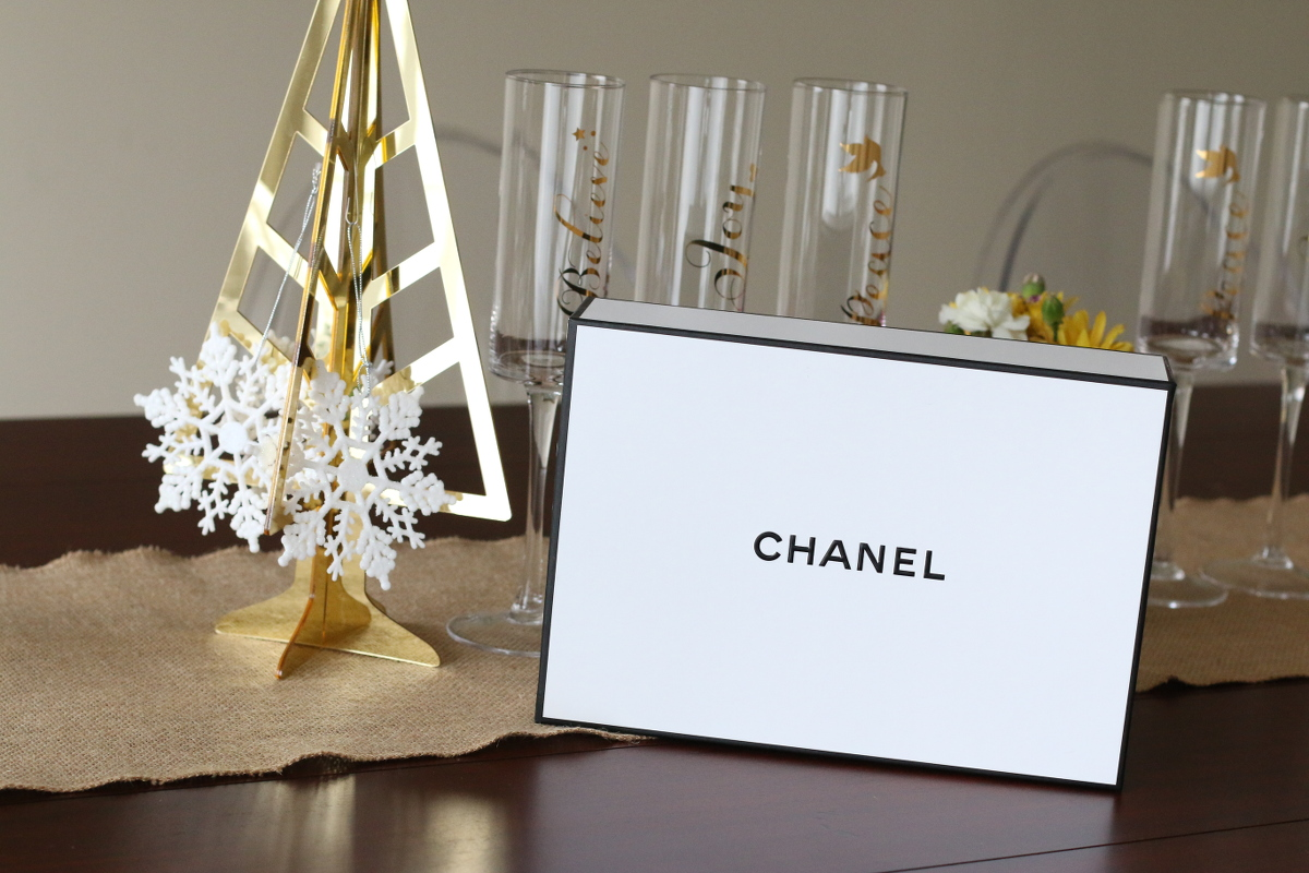 Chanel-Holiday-gifts-makeup-2