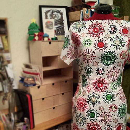 Simplicity 2602 Christmas Edition