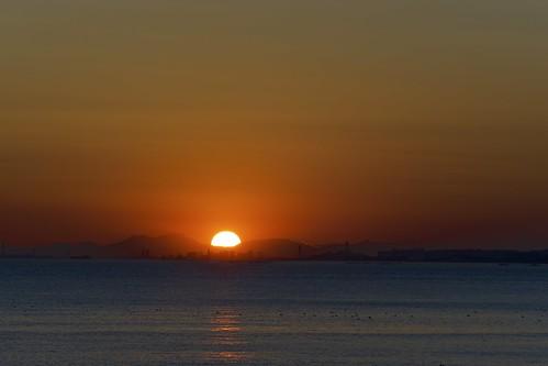 light sunset red sea sky sun sunlight color sunshine japan port tokyo evening twilight darkness takumar sunny chiba citylights m42 東京 breeze aasia tokyobay sunnyday 200mm 2015 япония токио andotime manuallensonly
