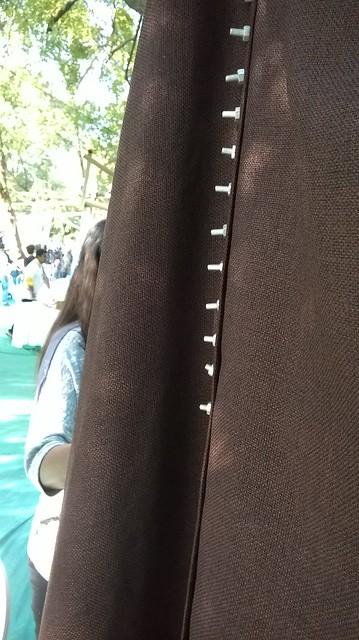 Bolt-a-dress