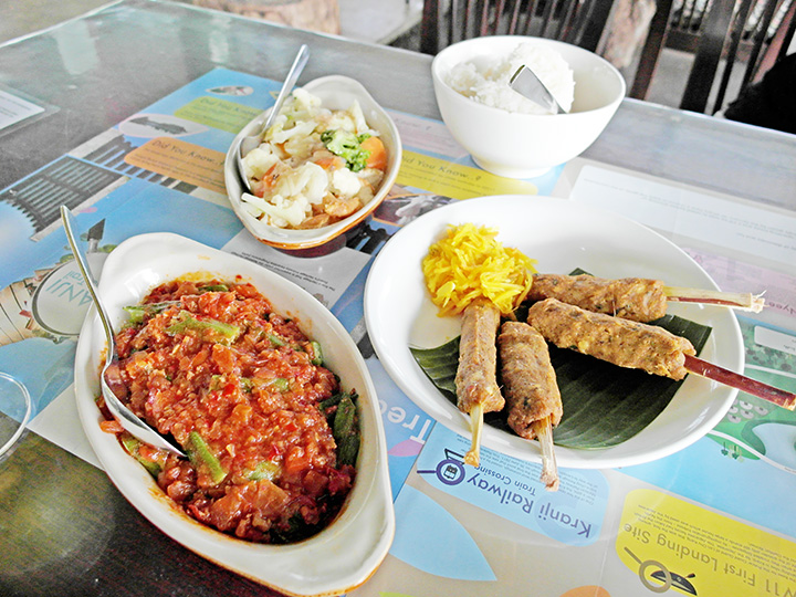 Bollywood Veggies food