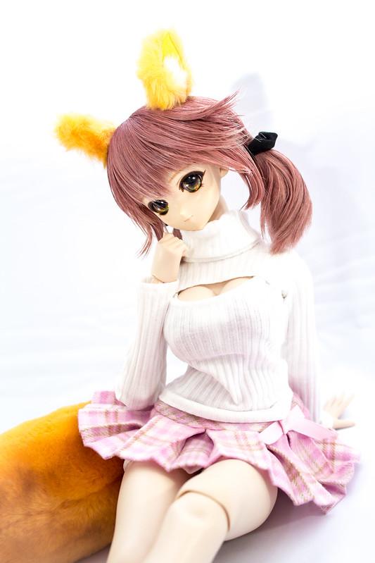 Tama-chan_Keyhole_Turtleneck_04