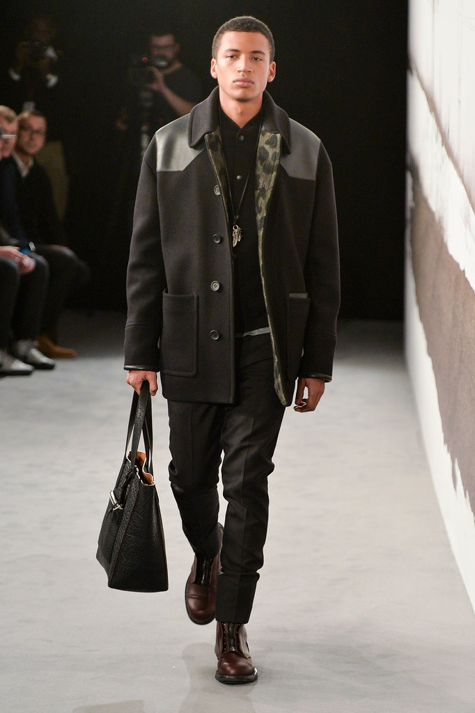 FW15 London Coach025_Henry Pedro-Wright(fashionising.com)