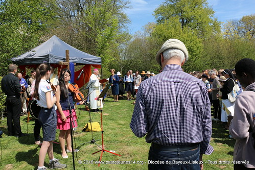 2016.05.05 Marche Vocations (14)