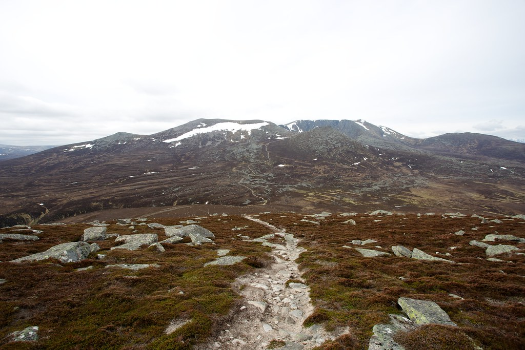 Path to Lochnagar