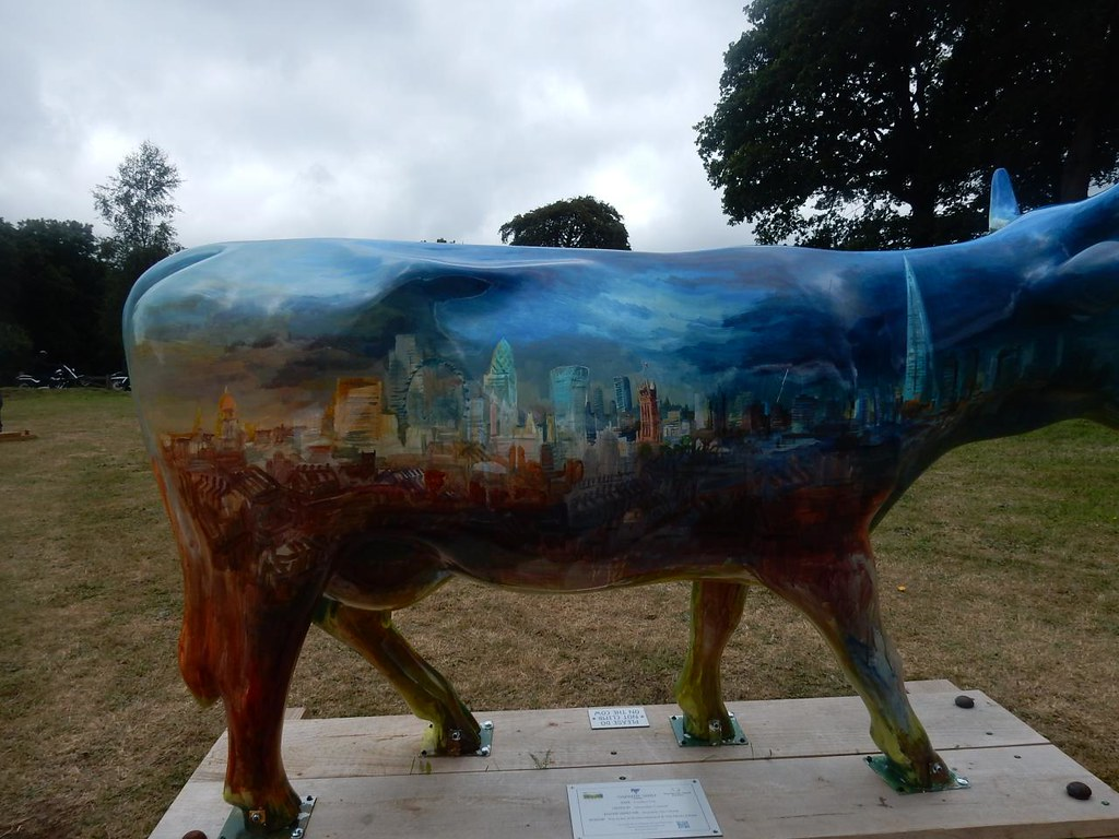 Ive looked at cows from both sides now.. ......to city side.... Guildford to Horsley Newlands Corner