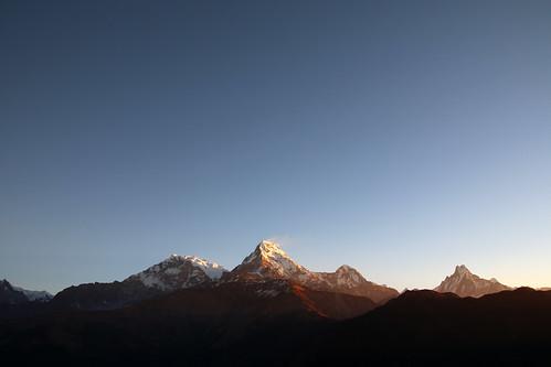 nepal mountains sunrise himalayas poonhill annapurnasouth annapurnai punhill fishtailpeak annapurnarange mountmachhapuchchhre