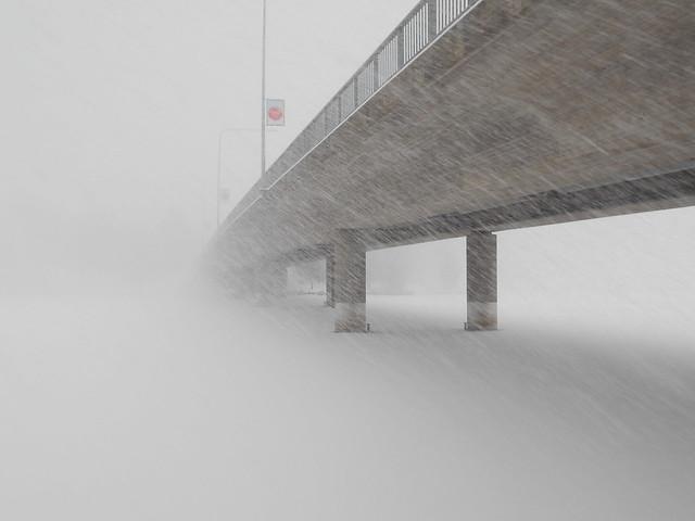 Äärimmäisen sakea lumipyry Hämeenlinnassa 24.12.2014 A
