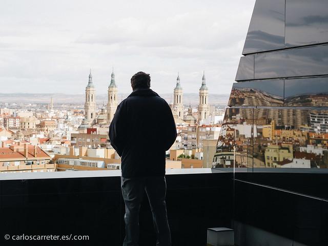 En la terraza del IAACC Pablo Serrano