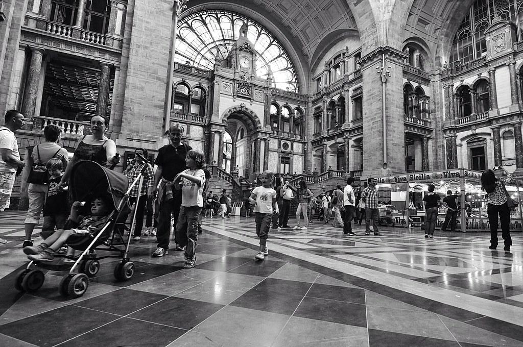 Antwerpen - Bahnhof