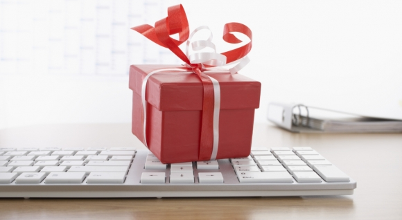 Energy-Efficient Gift Guide for Techies