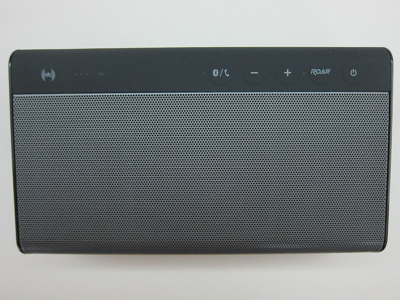 Creative Sound Blaster Roar - Top