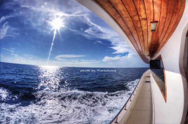 3時間から4時間くらいの水面休息時間。のんびりとした航海を楽しみます♪