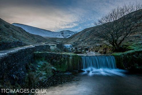 water wales landscape breconbeacons waterfalls llynyfanfach canon40d