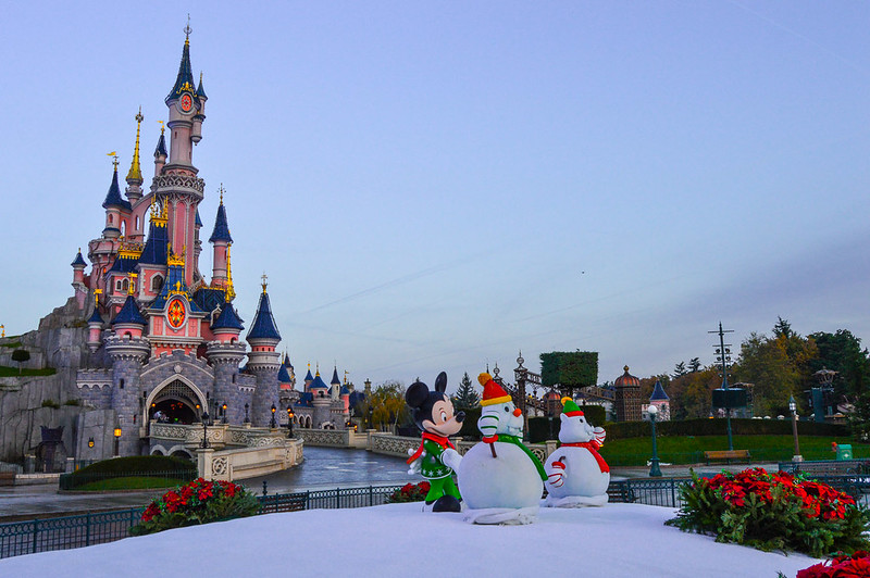 Mickey and Snowmen Decorate Disneyland Paris