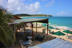 Gus' Beach Bar
