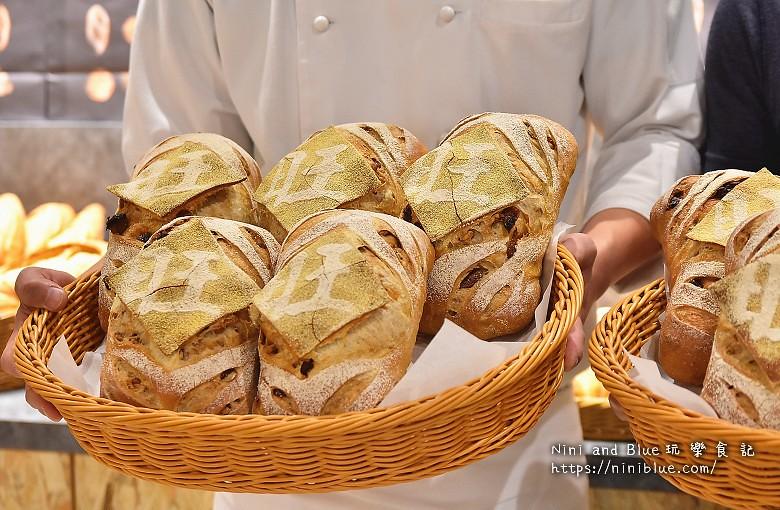 歐客佬咖啡麵包甜點太原路18