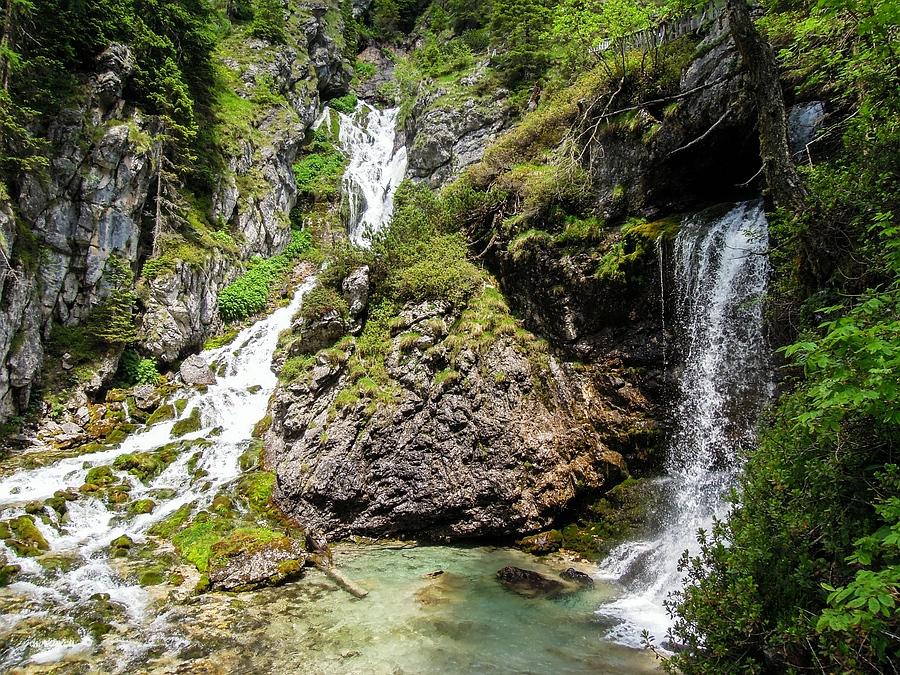 Ragoli, Trentino, Trentino-Alto Adige, Italy, 0.003 sec (1/400), f/4.5, 2016:06:30 11:27:56+03:30, 4.3 mm