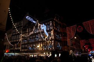 Belle maison alsacienne et décorations de Noël
