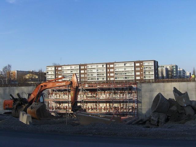 Hämeenlinnan moottoritiekate ja Goodman-kauppakeskus: Työmaatilanne 22.4.2012 - kuva 3
