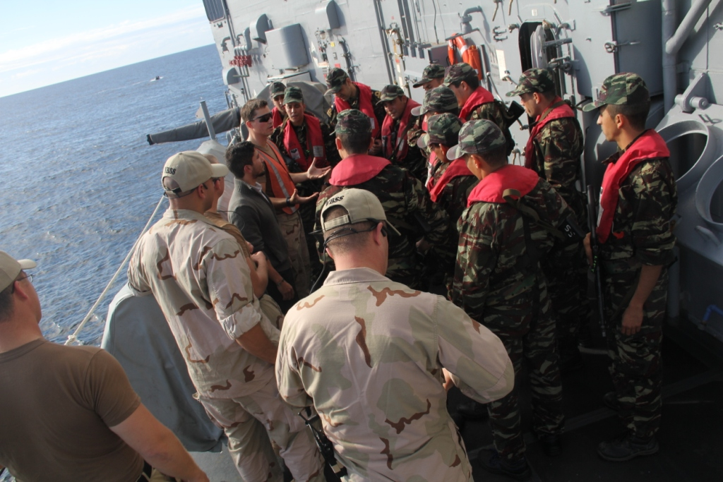PASSEX 2014-5 : USS Simpson (FFG-56) et RMN Sultan Moulay Ismail (614) 15698453059_ee646a0c5d_b