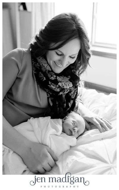 kinsley-newborn-52-bw