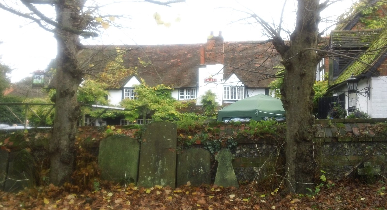 The Bull, Sonning from church graveyard - where you will end up sooner rather later if you spend too much time drinking in the pub.