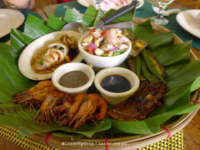 Jacko's Kan-anan Seafood Platter. 480 Pesos/order.