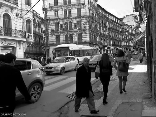street ex algeria noir boulevard foto view centre samsung center nb note galaxy algerie avenue rue et blanc ville algiers alger 2014 mourad algier michelet didouche graffyc