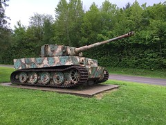 German Tiger Tank (2)