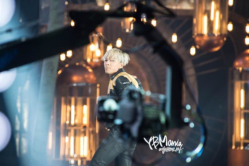 Taeyang-MAMA2014-HQs-evenmore-100-29