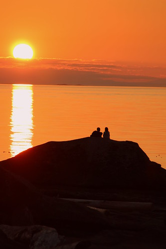 romance gabriolaislandsunset