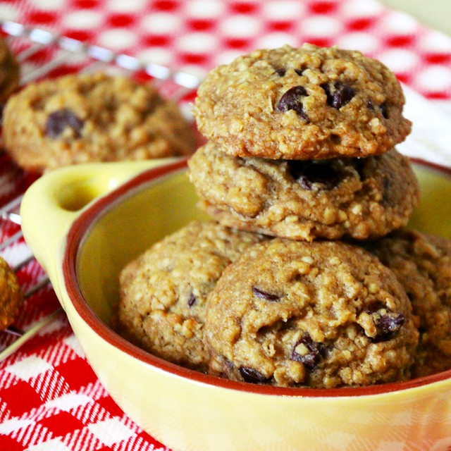 Oatmeal Chocolate Chips Cookies