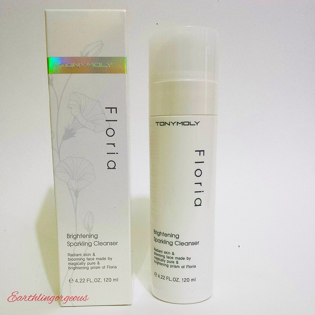 TONYMOLY Floria Brightening Sparkling Cleanser review
