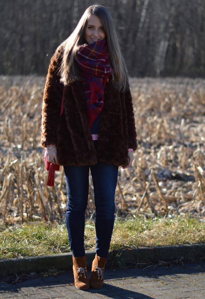 pellicciotto, faux fur, Zara, outfit, look, Benetton, Gucci, disco bag, wildflower girl (2)